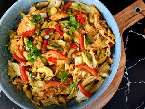 thai chicken salad with peanut dressing recipe