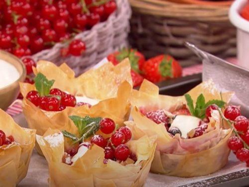 phyllo tarts with ricotta and raspberries recipe