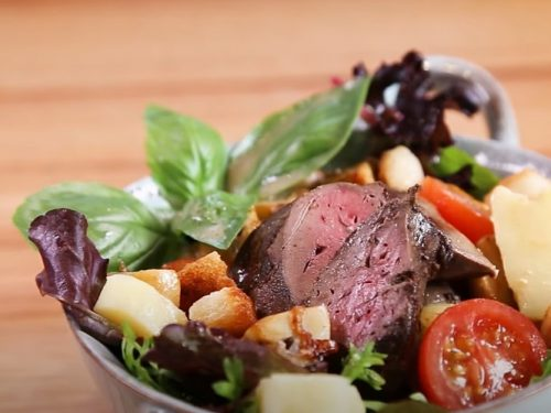 chicken liver salad with hot bacon dressing and croutons recipe