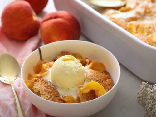 cookie-crusted peach cobbler recipe