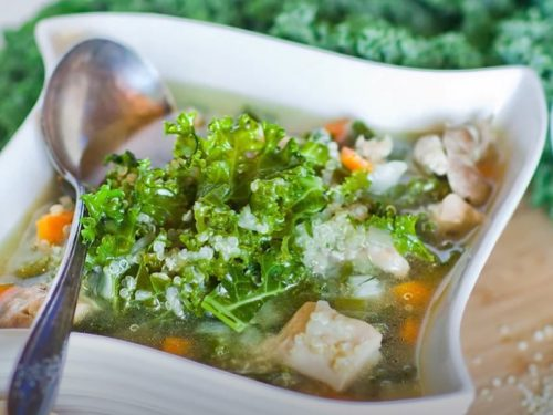 slow cooker quinoa, chicken and kale soup recipe