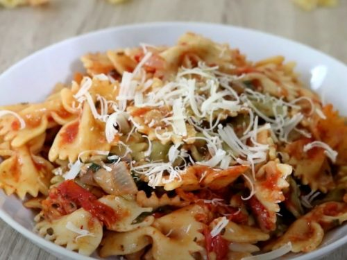 bow-tie pasta with red pepper sauce recipe