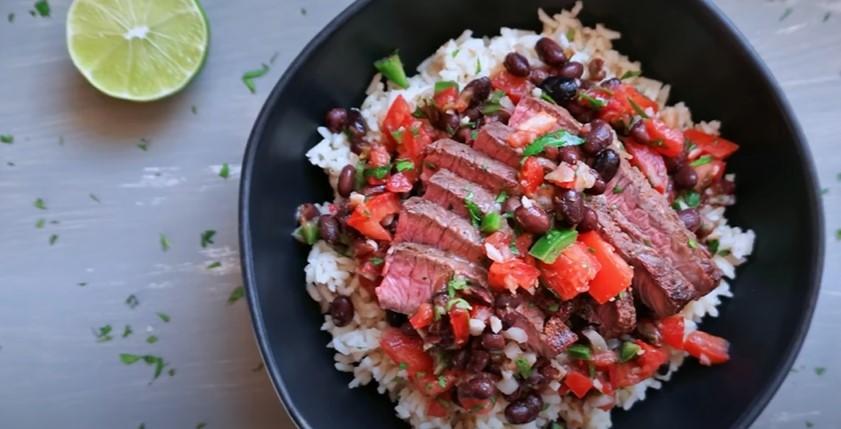 chipotle steak rice bowls recipe