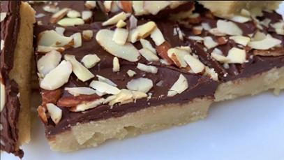 almond roca cookie bars recipe