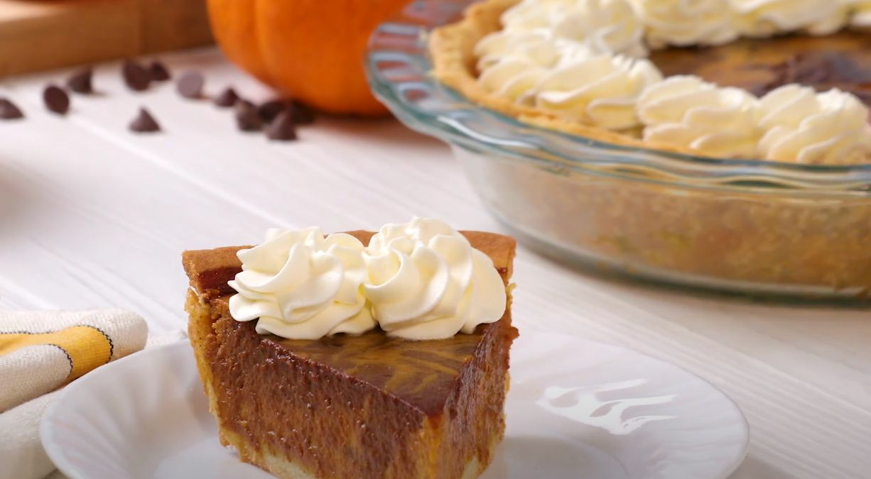 Chocolate-Swirled Pumpkin Pie Recipe