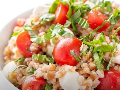 Farro Caprese Salad Recipe