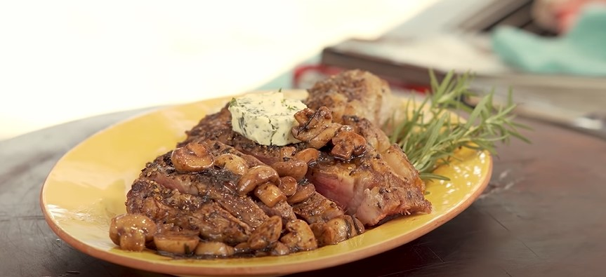 Garlic Butter Herb Steak and Mushrooms Recipe