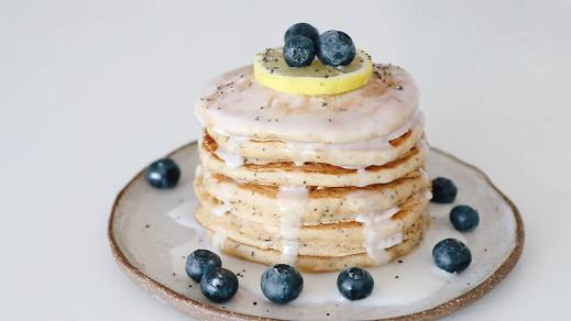 greek yogurt lemon poppy seed pancakes recipe