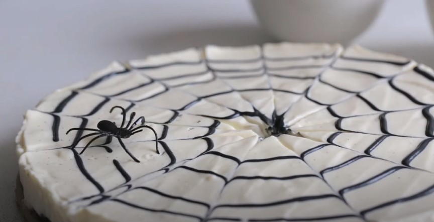 No-Bake Spiderweb Cheesecake Recipe