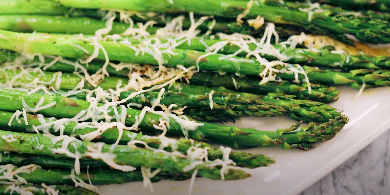Parmesan Garlic Grilled Asparagus Recipe