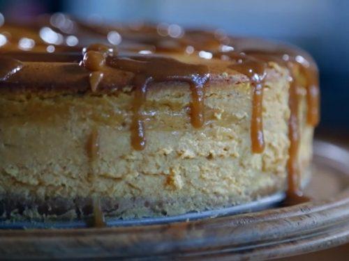 Pumpkin Cheesecake with Caramel Sauce Recipe
