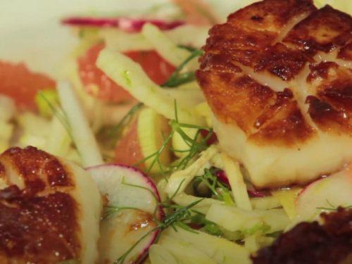 Scallops with Grapefruit-Onion Salad Recipe