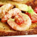 shrimp avocado garlic bread recipe