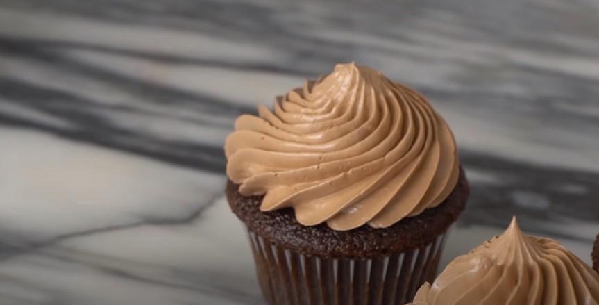 Simple Chocolate Cupcakes Recipe