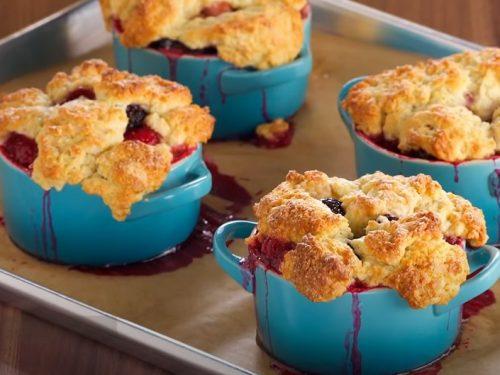 blackberry and blueberry cobbler recipe