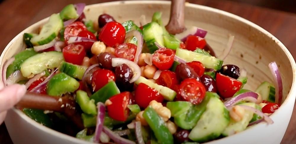 chickpea greek salad recipe