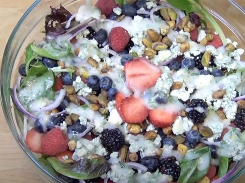 Arugula Salad with Berries Recipe