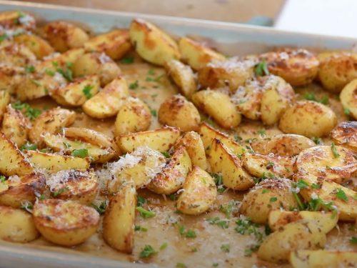 Parmesan Garlic Roasted Potatoes Recipe