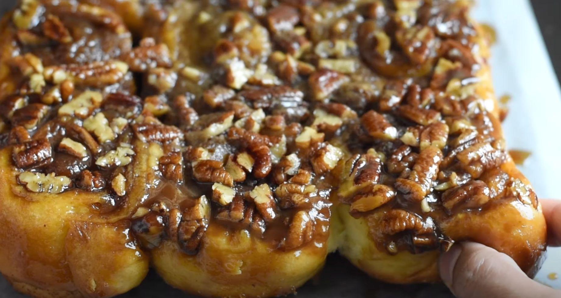 One Hour Caramel Pecan Sticky Buns Recipe