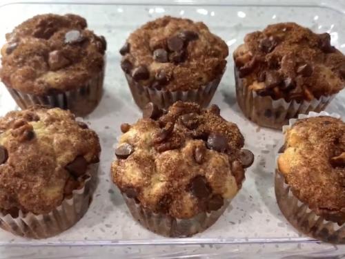 cinnamon streusel chocolate chip muffins recipe