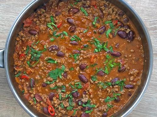 classic chili (chili con carne) recipe