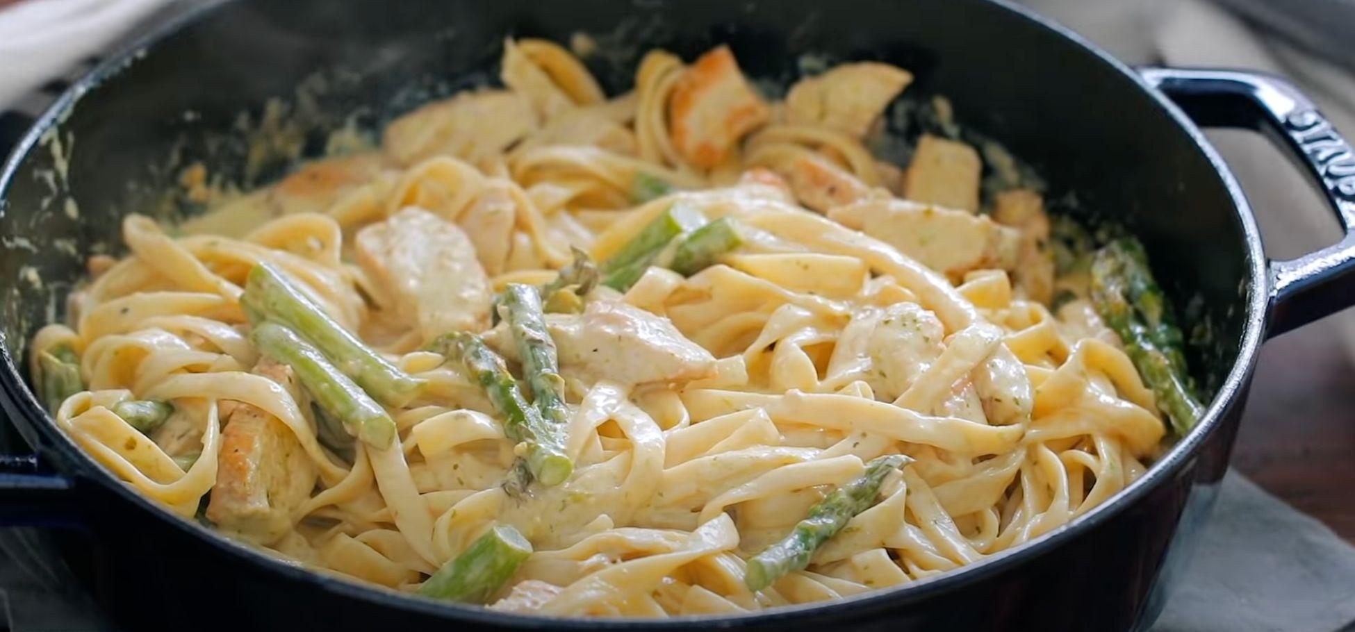 Creamy Chicken and Asparagus Pasta Recipe