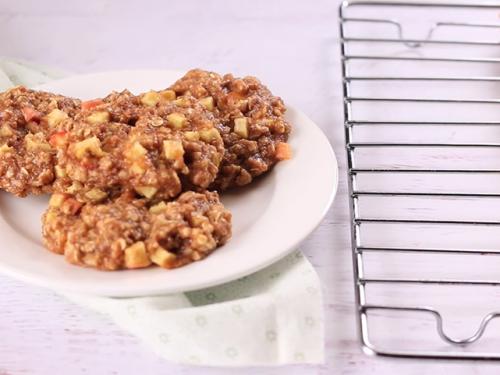 healthy oatmeal apple raisin cookies recipe