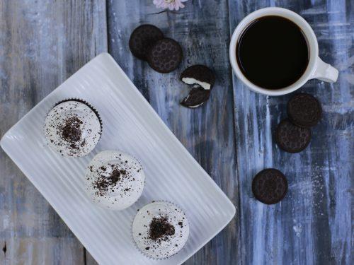 Oreo Cupcakes Recipe, vanilla oreo cupcakes with buttercream frosting and oreo crumbs