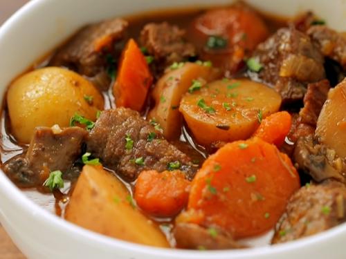 philly cheesesteak beef stew recipe