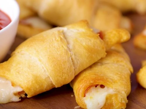 Pizza Stuffed Crescent Rolls Recipe
