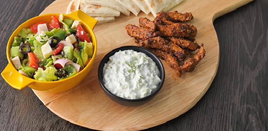 slow cooker greek chicken gyros with tzatziki recipe