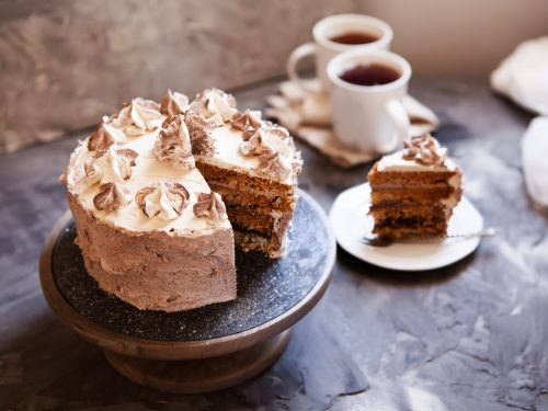 Snickerdoodle Cake Recipe, snickerdoodle cake with cinnamon swirl and brown sugar buttercream frosting