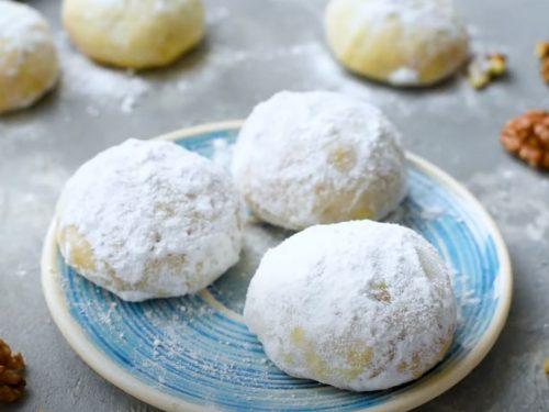 Snow Kiss Cookies (Snowball Cookies) Recipe