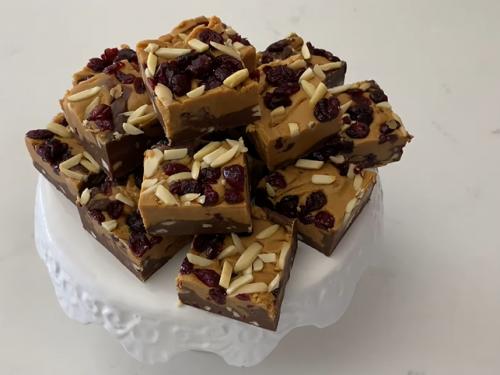 vegan chocolate and peanut butter fudge recipe