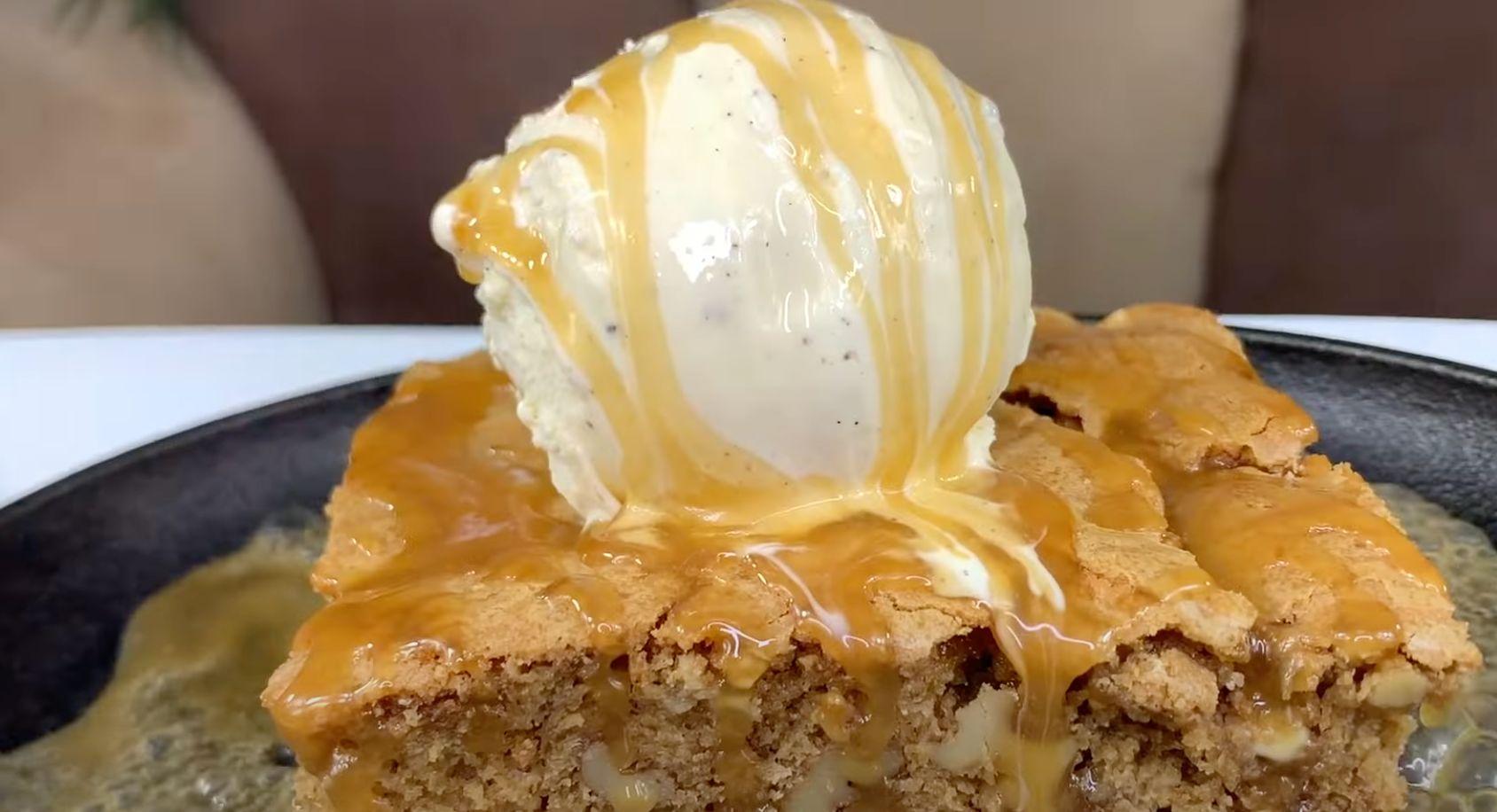 White Chocolate Blondies Recipe (Applebee's Copycat)