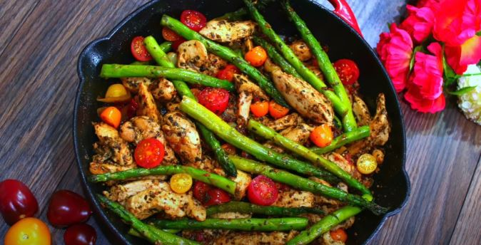 grilled chicken and asparagus salad with parsley pesto recipe