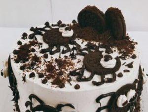 chocolate oreo spider cake recipe