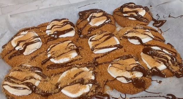 tasty campfire s'mores stuffed cookies recipe