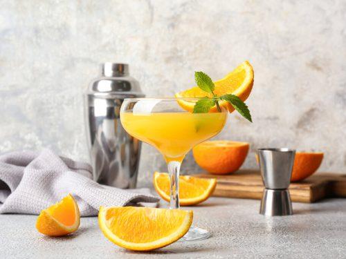 Italian Margarita Recipe, delicious orange flavored margarita made with amaretto liqueur, sour mix, triple sec, and orange juice