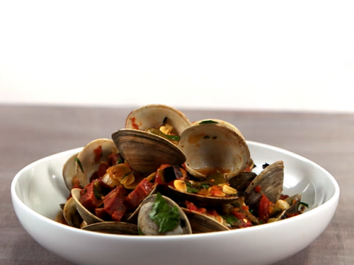 brothy clams with chorizo, tomatoes, and grilled bread recipe