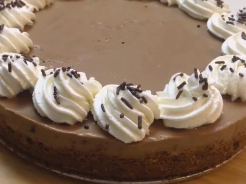 easy chocolate mousse pie recipe
