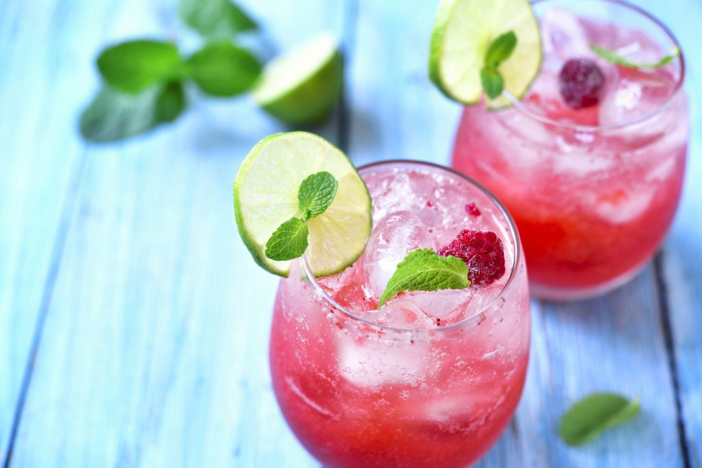 pink gin fizz cocktail recipe