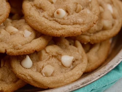 white chocolate macadamia cookies recipe